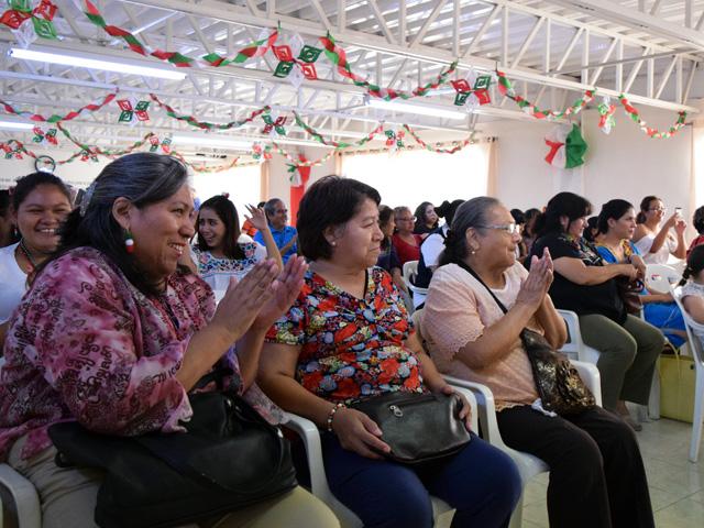 8e484ffed5 México) Noche Mexicana en Monterrey